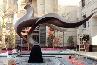 时代倾城 主雕  凤凰铜雕塑